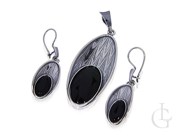 5e4adbc25fe070 komplet biżuterii srebrnej ekskluzywny z onyksem owalny kształt kolczyki  wiszące wisiorek na łańcuszek srebro 0.925