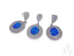 srebrny komplet biżuterii opal niebieski kolczyki sztyft wiszące i wisiorek na łańcuszek srebro 0.925