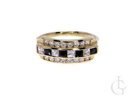 szeroki złoty pierścionek damski tradycyjny czarne szafirowe i klasyczne cyrkonie złoto żółte 0.585