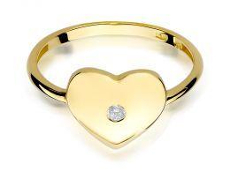 złoty pierścionek korona serduszko z brylantem złoto żółte próba 0.585 14K pierścionek na palcu dłoni realne zdjęcie zdjęcia prezent na walentynki rocznicę urodziny imieniny