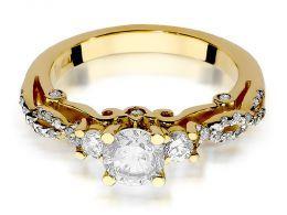 ekskluzywny złoty pierścionek zaręczynowy  z brylantami z klasycznego żółtego złota próba 0.585
