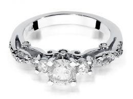 ekskluzywny złoty pierścionek zaręczynowy  z brylantami z białego złota próba 0.585