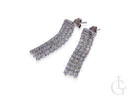 kolczyki srebrne rodowane wiszące z cyrkoniami na sztyft srebro 0.925