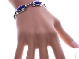 bransoletka srebrna damska szeroka z masą perłową masa perłowa szeroka na ręce modelce realne zdjęcie zdjęcia prezent dla żony dziewczyny na urodziny imieniny rocznicę upominek pod choinkę na walentynki różne wzory bransoletek srebrnych damskich