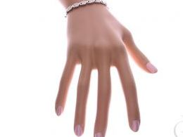 bransoletka srebrna damska z opalem tęczowym kolorowym opal kostka na ręce modelce realne zdjęcie zdjęcia prezent dla żony dziewczyny na urodziny imieniny rocznicę upominek pod choinkę na walentynki różne wzory bransoletek srebrnych damskich