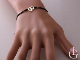 bransoletka złota na sznurku czterolistna koniczyna przywieszka bransoletka na nadgarstku na ręce złote bransoletki sznurkowe na prezent