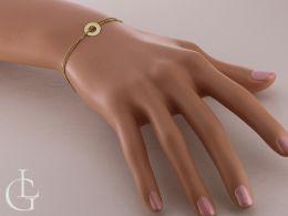 złota bransoletka na ręce na nadgarstku celebrytka bransoletka złota z kółeczkiem na łańcuszku realne zdjęcia bransoletek na ręce