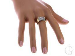 pierścionek złoty obrączka na palcu cyrkonie złoto żółte 14K próba 0.585 nowe wzory, nowoczesne pierścionki złote, biżuteria złota damska na prezent