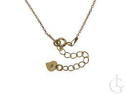 naszyjnik srebrny pozłacany z imieniem Natalia na szyi