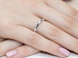 złoty pierścionek zaręczynowy klasyczny złoto białe próba 0.585 brylant pierścionki zaręczynowe klasyczne