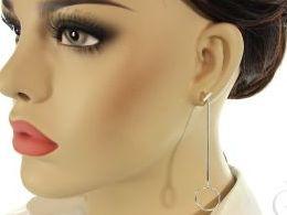 kolczyki srebrne wiszące kółka długie sztyft srebro realne zdjęcia na modelce uchu kolczyki srebrne na prezent dla żony dziewczyny urodziny imieniny rocznicę pakowanie na prezent