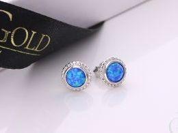 kolczyki srebrne z opalem niebieskim błękitnym opal sztyft zapięcie srebro realne zdjęcia na modelce uchu kolczyki srebrne na prezent dla żony dziewczyny urodziny imieniny rocznicę pakowanie na prezent
