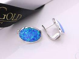 kolczyki srebrne z opalem niebieskim błękitnym opal zapięcie angielskie srebro realne zdjęcia na modelce uchu kolczyki srebrne na prezent dla żony dziewczyny urodziny imieniny rocznicę pakowanie na prezent