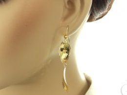srebrne kolczyki pozłacane złocone długie wiszące diamentowane otwarte zapięcie srebro kolczyki srebrne na uchu modelce realne zdjęcia zdjęcie prezent dla żony dziewczyny biżuteria srebrna prezent upominek na urodziny imieniny rocznicę dla dziecka różne w