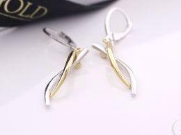 kolczyki srebrne srebro pozłacane realne zdjęcia na modelce uchu kolczyki srebrne na prezent dla żony dziewczyny urodziny imieniny rocznicę pakowanie na prezent