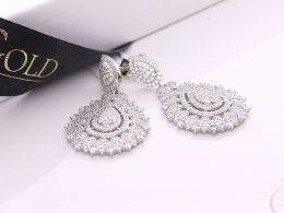 kolczyki srebrne wiszące cyrkonie zapięcie sztyft srebro realne zdjęcia na modelce uchu kolczyki srebrne na prezent dla żony dziewczyny urodziny imieniny rocznicę pakowanie na prezent