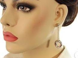 kolczyki srebrne wiszące kołka na łańcuszku srebro realne zdjęcia na modelce uchu kolczyki srebrne na prezent dla żony dziewczyny urodziny imieniny rocznicę pakowanie na prezent