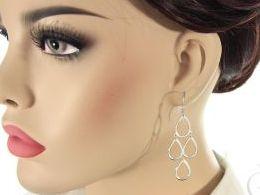 kolczyki srebrne wiszące długie otwarte zapięcie srebro realne zdjęcia na modelce uchu kolczyki srebrne na prezent dla żony dziewczyny urodziny imieniny rocznicę pakowanie na prezent