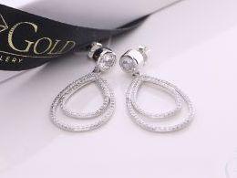 kolczyki srebrne wiszące z cyrkoniami łezki srebro realne zdjęcia na modelce uchu kolczyki srebrne na prezent dla żony dziewczyny urodziny imieniny rocznicę pakowanie na prezent