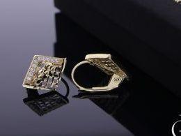 kolczyki złote złoto żółte 14k 0.585 romby ażurowe realne zdjęcia na modelce uchu kolczyki złote na prezent dla żony dziewczyny urodziny imieniny rocznicę pakowanie na prezent
