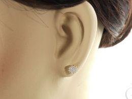 kolczyki złote cyrkonie złoto żółte realne zdjęcia zdjęcie na uchu modelce prezent dla żony dziewczyny