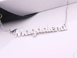 naszyjnik łańcuszek srebrny imię Magdalena łańcuszek z wisiorkiem zawieszką wisiorek zawieszka naszyjnik z imieniem na prezent urodziny imieniny rocznicą imiona naszyjniki damskie srebrne pod choinkę Mikołaja