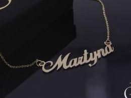 Martyna Martynka naszyjnik złoty łańcuszek celebrytka z imieniem na łańcuszku realne zdjęcia zdjęcie na modelce szyi litery inicjały celebrytki złote na prezent dla żony dziewczyny rocznicę urodziny imieniny pod choinkę na pamiątkę złoto żółte próba 585 1