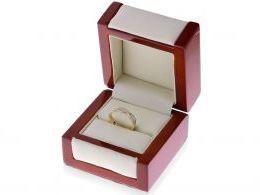 obrączka złota z cyrkoniami w pudełku złoto żółte złoto białe próba 0.585 14ct