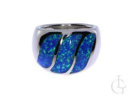 pierścionek srebrny z opalem błękitnym szeroka owalna korona srebro 0.925 realne zdjęcie na ręce dłoni pierścionki srebrne obrączki z opalem