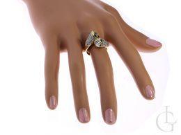 nowoczesny pierścionek złoty zawijany na palcu duży szeroki cyrkonie złoto żółte 0.585 14K