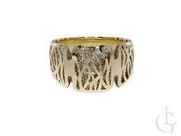 ekskluzywny pierścionek obrączka nowoczesny wzór design pierścionek na palcu dłoni