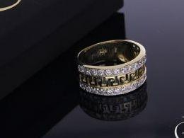 pierścionek złoty obrączka szeroki gruby złoto żółte 14K 0.585 pierścionek na palcu w pudełku realne zdjęcie zdjęcia pierścionek zaręczynowy na rocznicę pamiątkę mikołaja pod choinkę