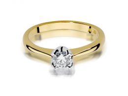 złoty pierścionek zaręczynowy z brylantem diamentem na palcu na ręce złoto żółte próba 0.585 14ct klasyczny wzór pierścionka prezent
