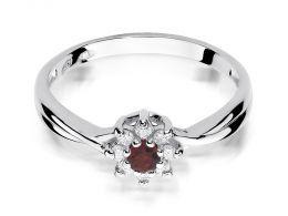 złoty pierścionek zaręczynowy z rubinem rubin korona kwiatek kwiat markiza z brylantami diamentami na palcu na ręce złoto białe próba 0.585 14ct nowoczesny wzór pierścionka