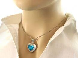 srebrny wisiorek damski na łańcuszek z opalem niebieskim opal na łańcuszek