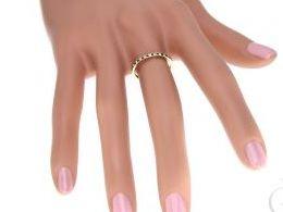 obrączka złota czarne i klasyczne cyrkonie złoto żółte 585 14k obrączki damskie złote na palcu dłoni realne zdjęcia