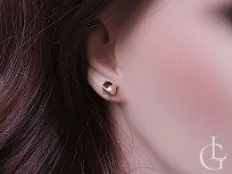Złote kolczyki kostki na uchu białe złoto żółte złoto 585 14K zapięcie sztyft