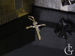 krzyżyk złoty z Panem Jezusem złoto żółte złoto białechrzest komunia