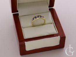 złoty pierścionek obrączka z szafirem w pudełku szeroka szyna pierścionka obrączki złoto klasyczne żółte próba 0.585 14K