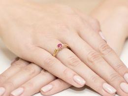 pierścionek zaręczynowy złoty z brylantami i rubinem naturalnym rubin brylanty diamenty pierścionki złote zaręczynowe z rubinem prezent zaręczyny dla żony dziewczyny na rocznicę ślubu