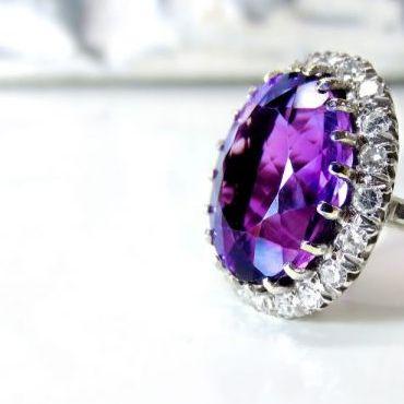 Jaki kamień powinien znaleźć się w pierścionku?