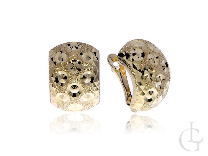 Złote kolczyki pr.0,585 angielskie zapięcia diamentowane wykończenie