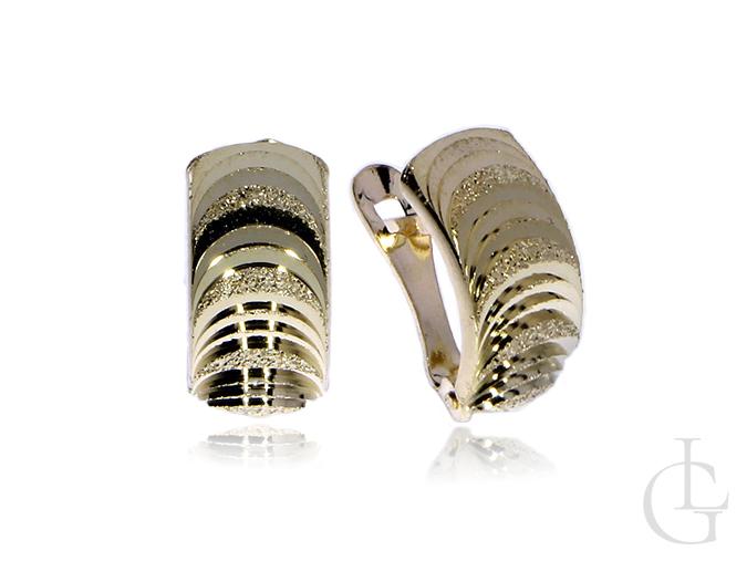 Złote kolczyki na angielskie zapięcia pr.0,585 z diamentowanym wykończeniem