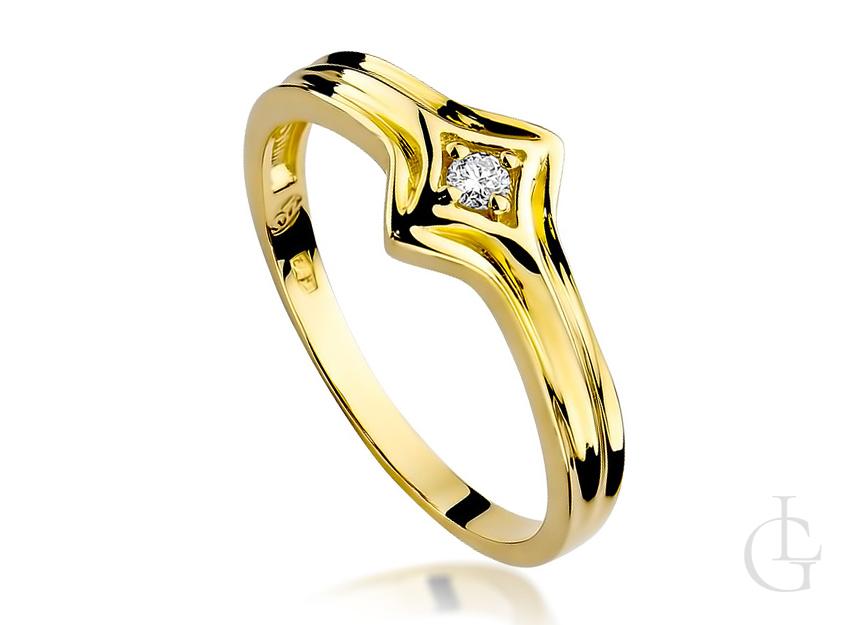 Pierścionek na zaręczyny ze złota pr.0,585 z brylantem