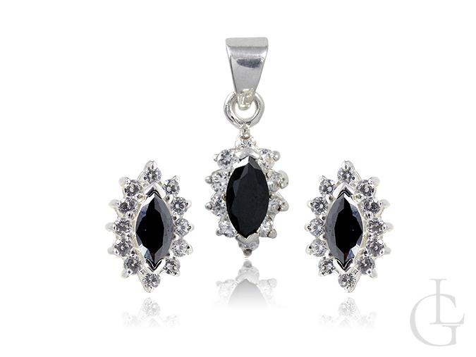 Srebrny komplet biżuterii z cyrkoniami i onyksem