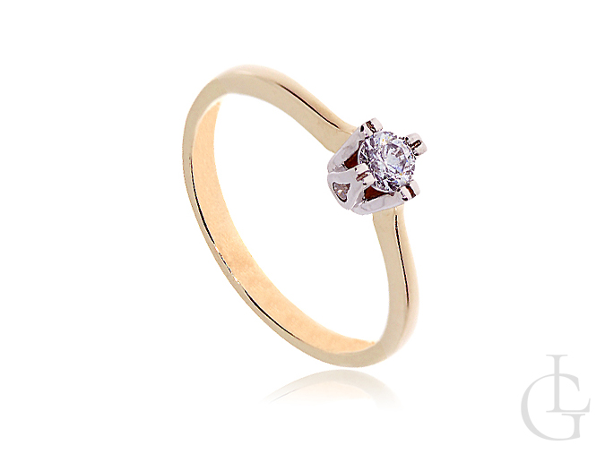 Złoty pierścionek zaręczynowy z brylantową cyrkonią
