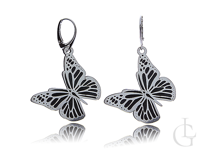 Delikatne srebrne kolczyki motylki