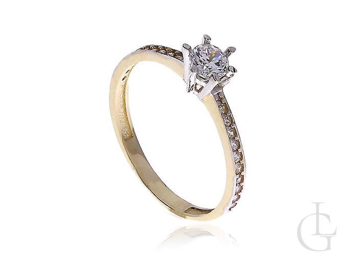 Ekskluzywny złoty pierścionek na zaręczyny