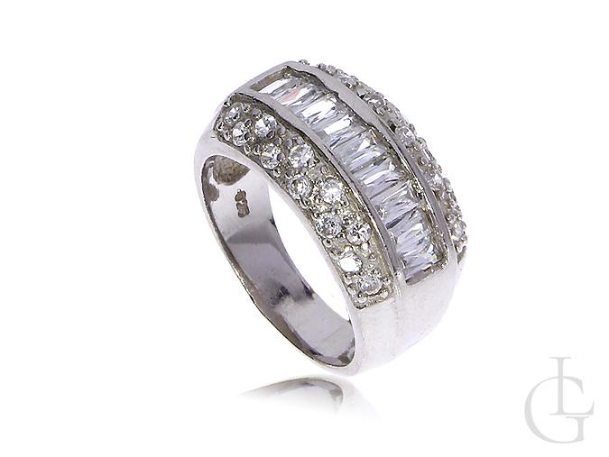 d08411d71f00cc Srebrny pierścionek obrączka z cyrkoniami srebro 0.925 - LipGold