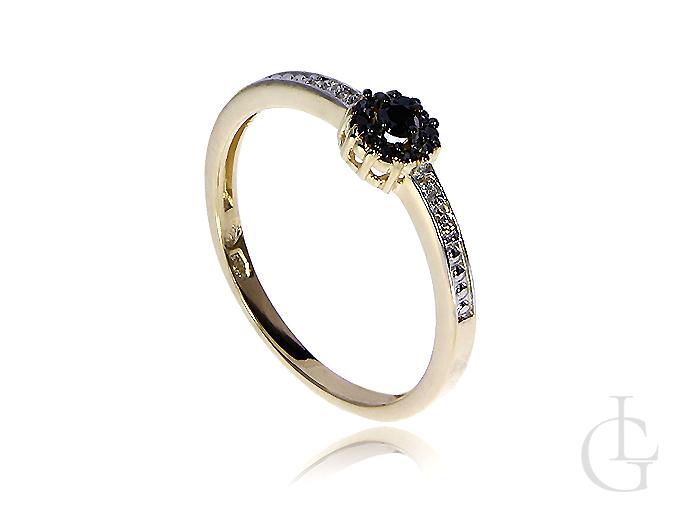 Złoty pierścionek zaręczynowy z brylantami czarnymi i klasycznymi